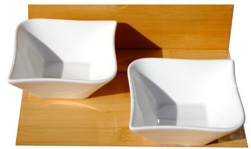Contemporary serving bowls X 2 white L14cm x W14 x D5cm, and 20cm diagonally